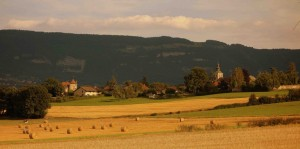 église de Thairy avec le Salève